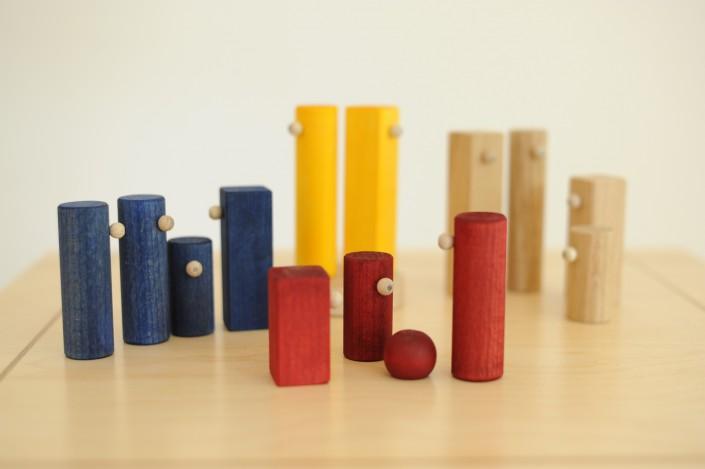 bunte Holzfiguren